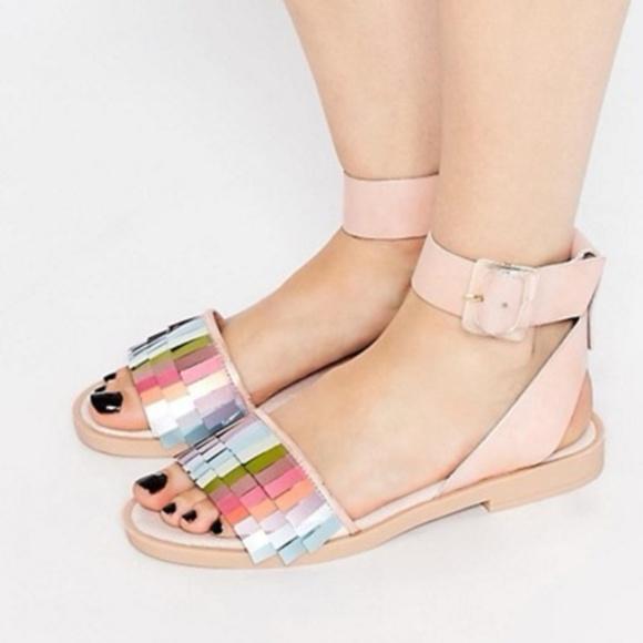 1b0c191443aa ... Rainbow Flat Sandals. M 5be09969bb7615de339472ba